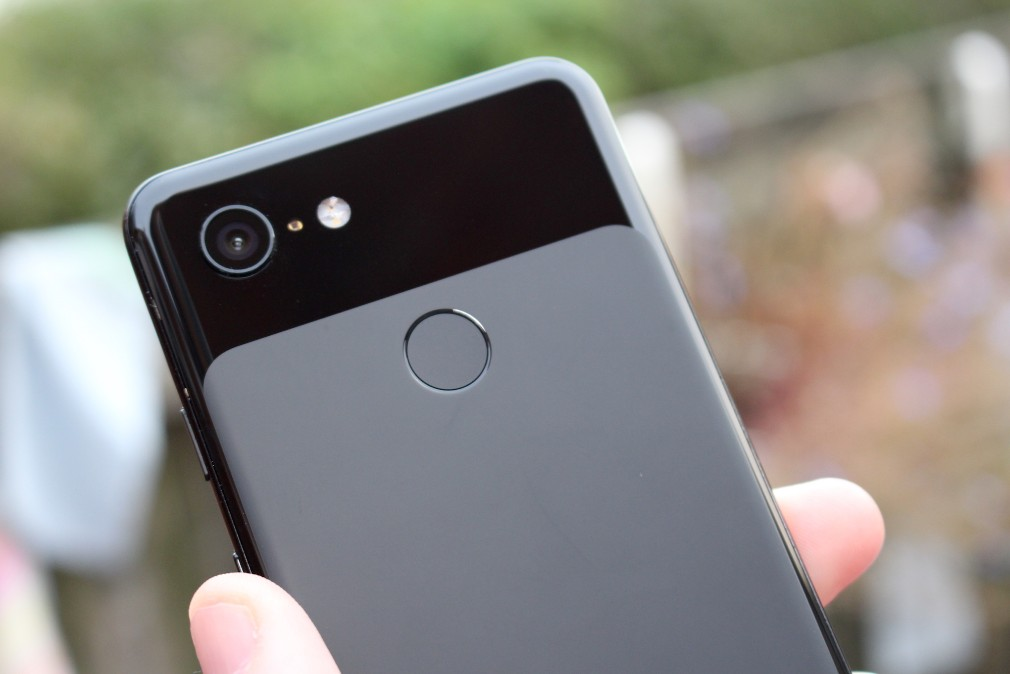 Google Pixel 3 review screenshot - The back of the phone