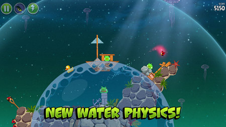 Angry Birds Space gains 30 aquatic levels in Pig Dipper update