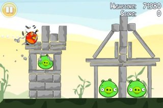 Clickgamer bringing avian catapult game Angry Birds to iPhone