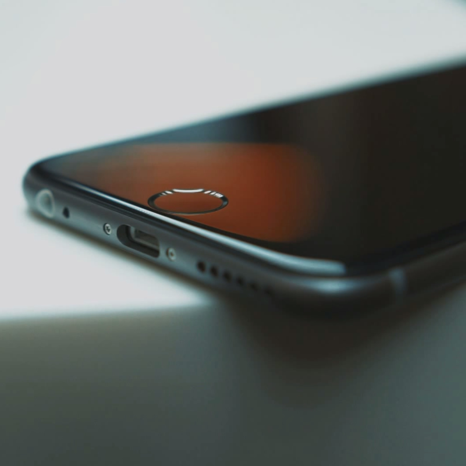 Bigger screen, new design, better battery - the iPhone 6 rumour round-up