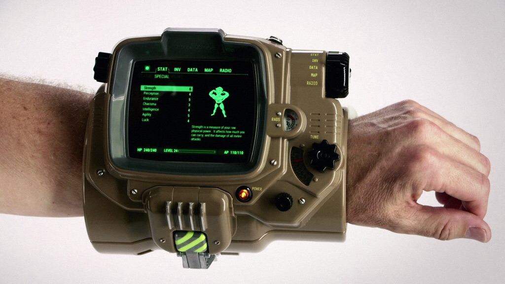 E3 2015: Turn your phone into a Pip-Boy with Fallout 4's $120 replica case